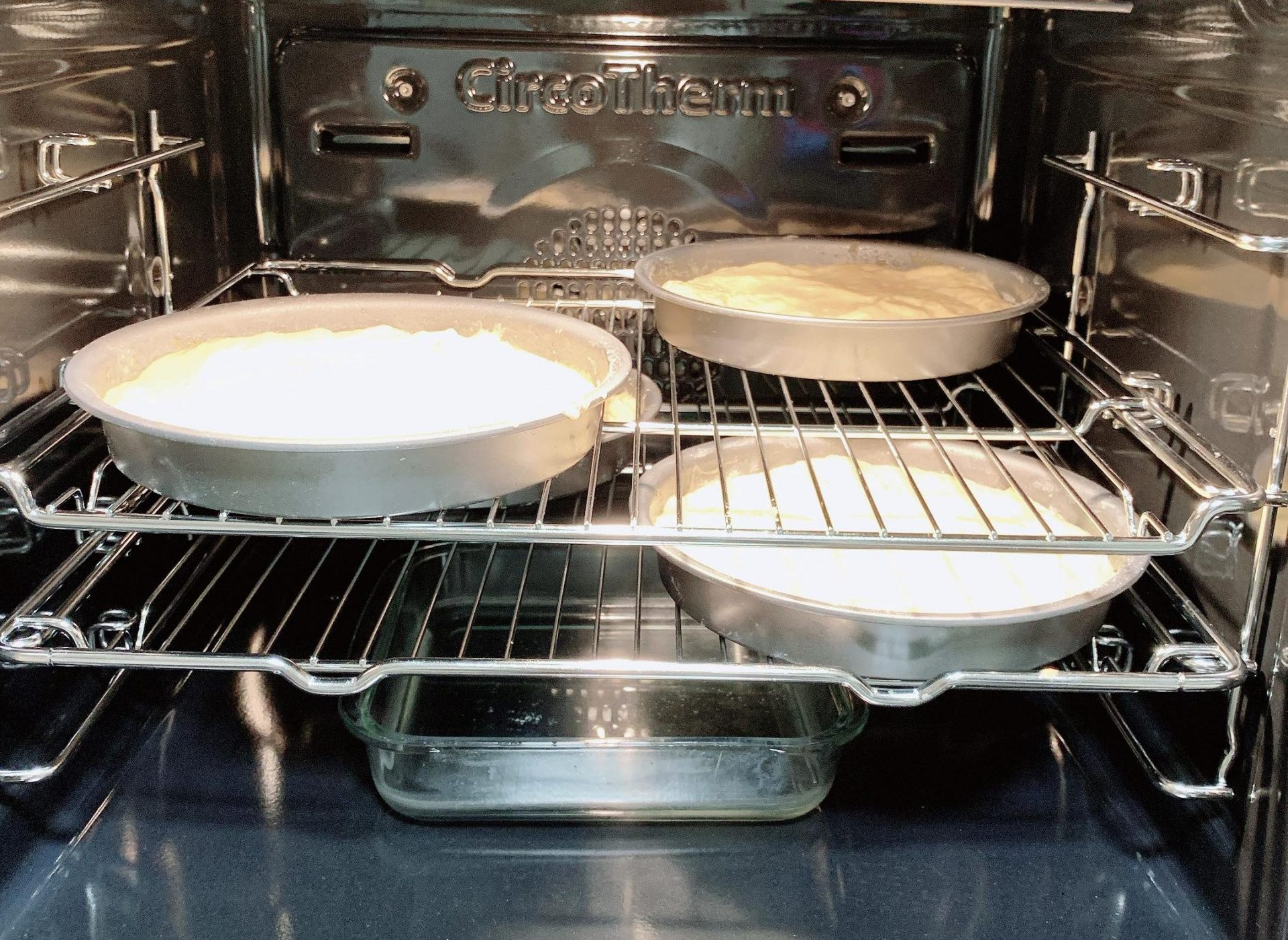 how to bake flat top cakes